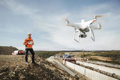 Dron DJI Phantom 4 RTK - 2